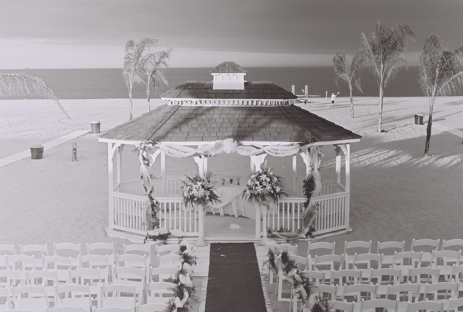 EE_Wedding-BW-23.jpg